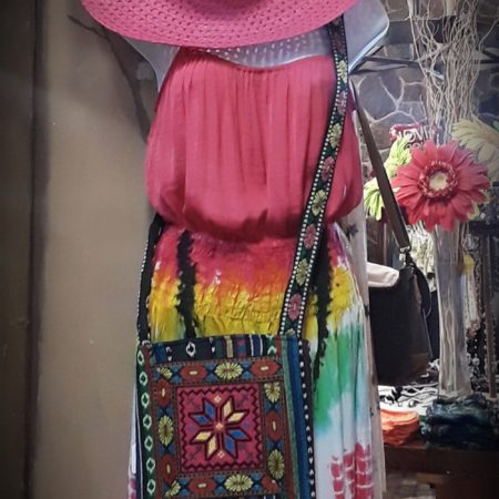 Pair with a pink hat & bohemian bag... beautiful!