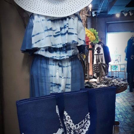 Pair this pantsuit with a white hat and our big starfish beach bag for beaching in STYLE!